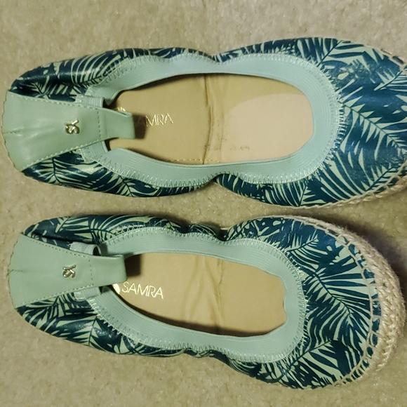 Size 8 Yosi Samra Flat